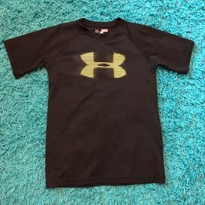 Under Armour Short Sleeve Shirt Youth Size XS